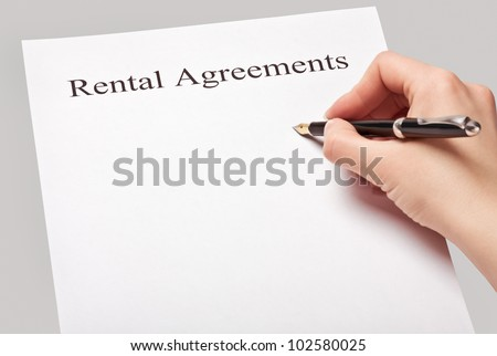 sign a rental contract