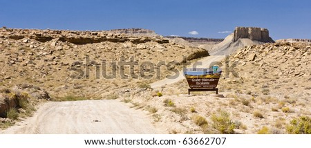 Sign at the entrance to the Cottonwood Canyon Road in Grand Staircase Escalante National Park, Utah - stock photo