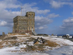 Signal Hill Cabot Tower in winter