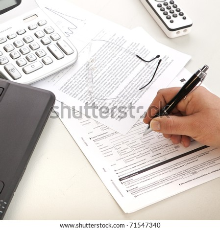 Signing a contract or fullfill a form