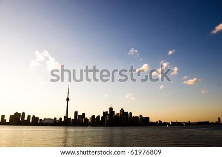 silhuette harbour toronto tower cn toronto
