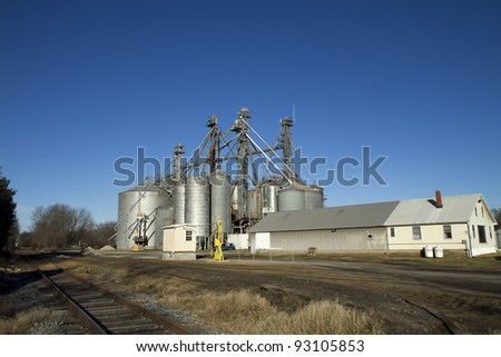 SILOS AT FARM - CLOSEUP
