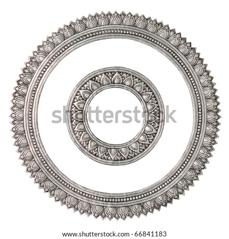 Silver. Centered round the beautiful proportions. Global Crafts Thai artists. Place in Chiang Mai, Thailand.