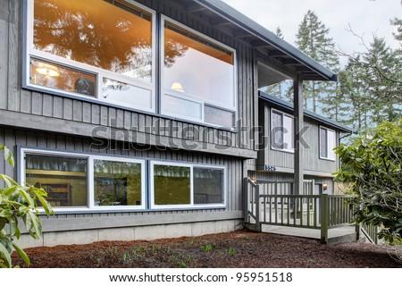 Simple American split level house exterior.