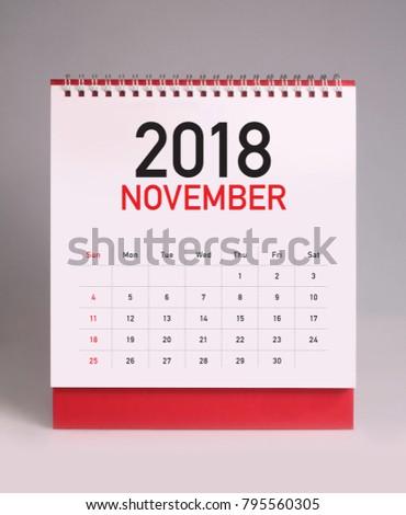 Simple desk calendar for november 2018 #795560305