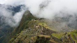 simply Peru's number one attraction - and perhaps Andean America itself. Since the scientific discovery of the Inca citadel was announced by the American historian Hiram Bingham in 1911, its complex a