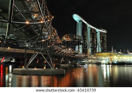 SINGAPORE - NOVEMBER 13: World's most expensive standalone casino property at US$ 6.3 billion. Marina Bay Sands Hotel dominates the skyline at Marina Bay November 13, 2010 in Singapore.
