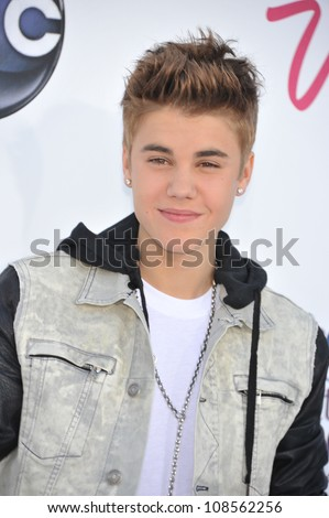 Singer Justin Bieber arrives at the 2012 Billboard Music Awards held at the MGM Grand Garden Arena.