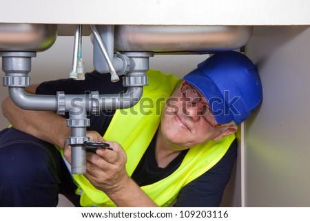 sink plumber