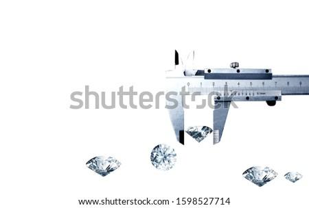 Size dimension of the diamonds