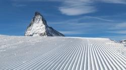 Ski runs in Zermatt, Switzerland. Well prepared pistes with good snow conditions. Zermatt ski.