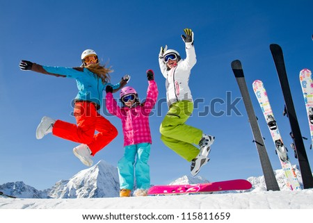 Ski, skiing, winter, snow, sun and fun