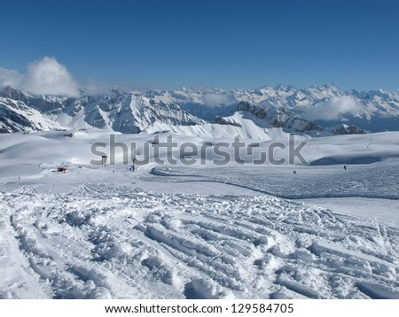 Skiing on the Glacier De Diablerets, mountains