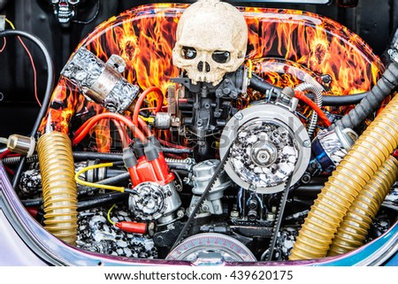 Skull car engine
