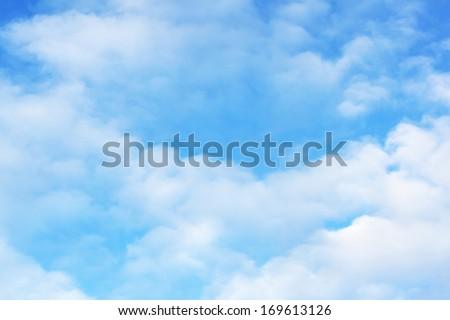 Sky cloudy white