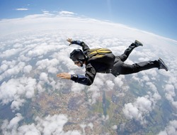 Skydiver Cloudscape speed