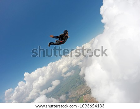 Skydiver Cloudscape speed #1093654133