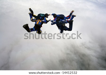 Skydivers doing formations