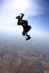 skydiving girls doing performance in free fall