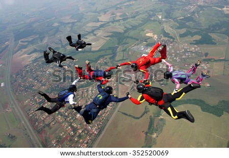 Skydiving group formation men and women
