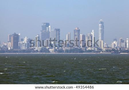 Skyline of Mumbai, India. -Smog in Mumbai-