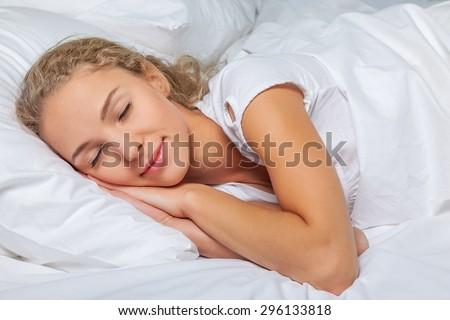 Sleep, women, bed.