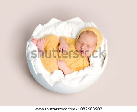 955d00f1b Free photos Lovely newborn baby in knitted hat and panties sleeps ...