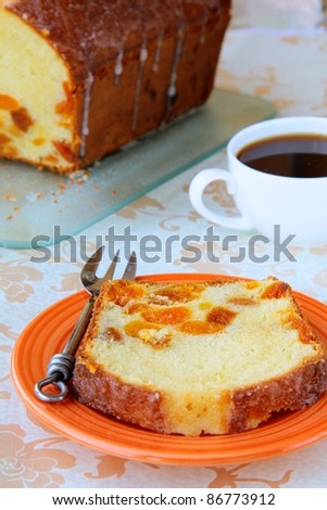 slices of cake with raisins arranged on a plate