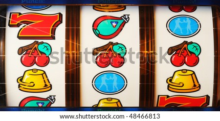slot machine cost