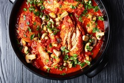 Slow Cooker Chicken Cacciatore – an easy crockpot meal loaded with tender chicken, tomatoes, bell peppers, carrots and sliced mushrooms, flatlay, close-up