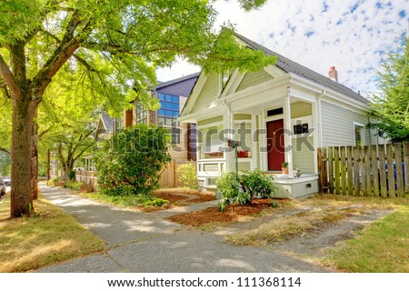 Small Cute Craftsman American House With Green And White