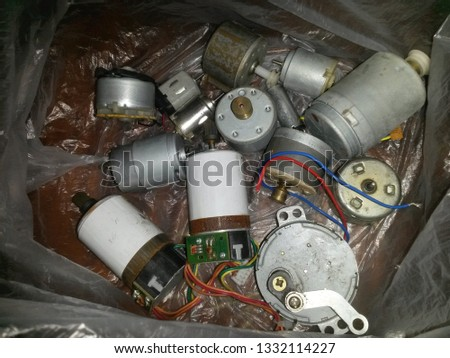 small motors low-current, cool electric motors, motors of various types and sizes, repair of the moving parts of machines and mechanisms, electric motors
