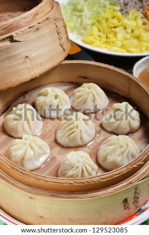 Small steamed buns  in bamboo containers