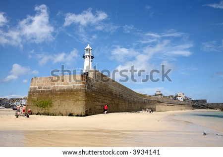 Smeaton's pier in St. Ives, Cornwall, at low tide.