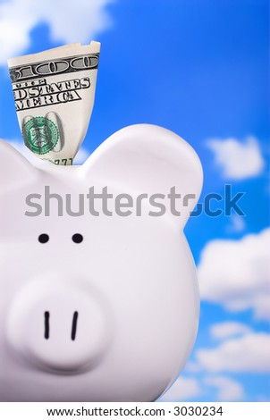 Smiling Face Piggy Bank With $100