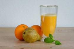 smoothie with pear and orange