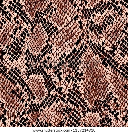 Snake pattern, piton skin