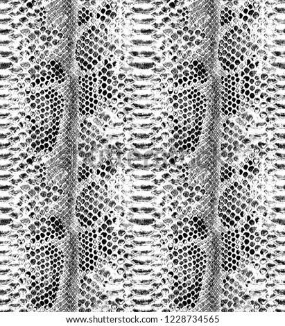 Snake skin seamless background. Fashion snake pattern.