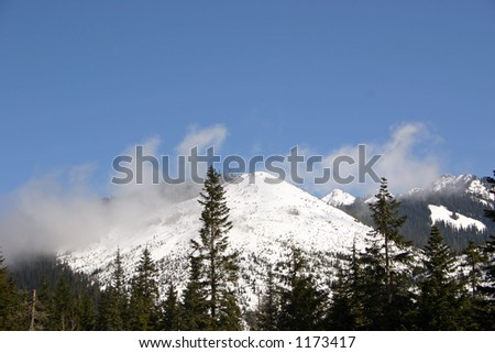 snow capped Cascade Mountain Range Pacific Northwest