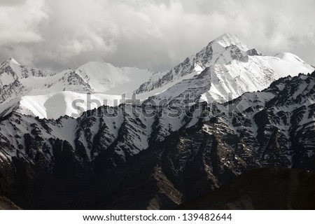 Snow mountain range, Leh Ladakh, India #139482644
