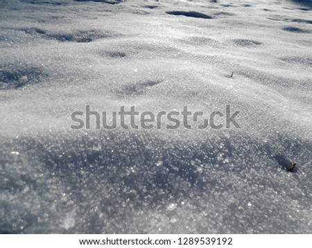 snow with glistening crystals