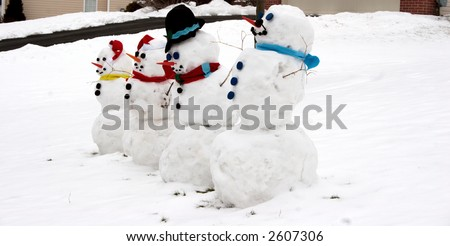Snowman - Happy Family of Four Snowmen