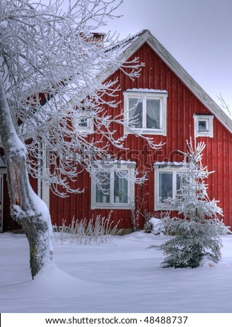 Snowy cottage in Smaland (Sweden) 03