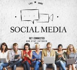 Social Media Conversation Message Talk Speech Bubble Graphic