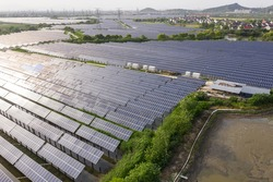 solar power station with greenhouse