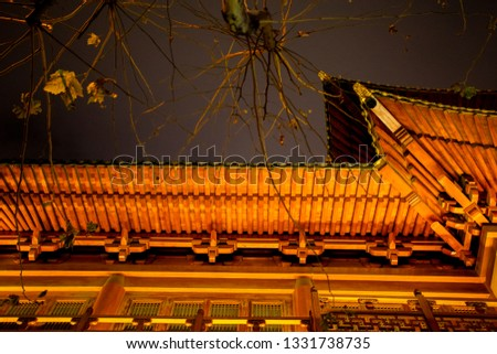 Solemn Buddhist temples, the splendid Jing'an Temple, famous tourist attractions