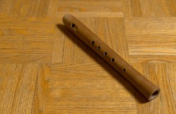 Sound body, light brown wooden flute, music instrument, wind instrument, flute, woodwind instrument