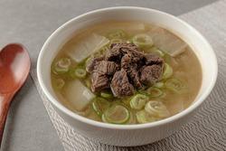 Soup dish with beef and radish Beef radish soup