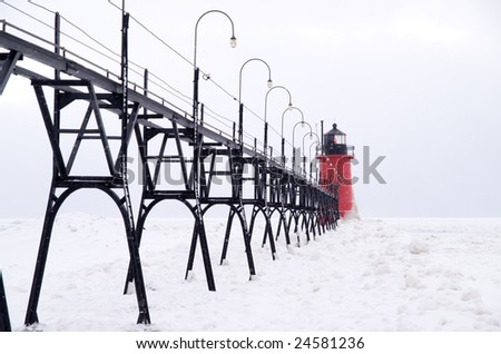 South Haven South Pier Lighthouse and Catwalk, South Haven, Michigan, USA