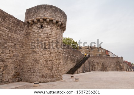 Southampton town walls, it is a sequence of defensive structures built around the town in southern England #1537236281